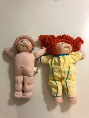 Set of 2 1985 cabbage patch kids by Xavier Roberts for Sale in Glendale, AZ