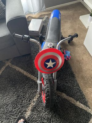 Captain America Nike new for Sale in Los Angeles, CA