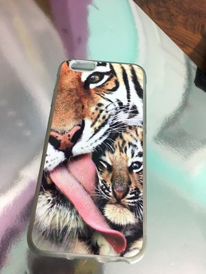 iPhone 6/6s/7/8 tiger case with sparkly top coat for Sale in Wingo, KY