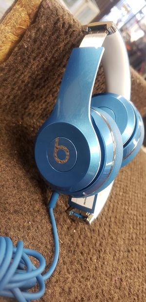 Beats solo 2 wired NOT Bluetooth headphones for Sale in Houston, TX
