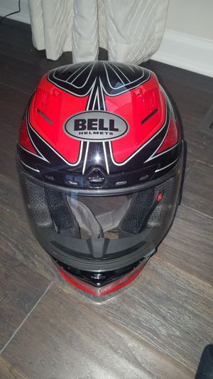 Bell Star motorcycle helmet size medium for Sale in Clarksburg, MD