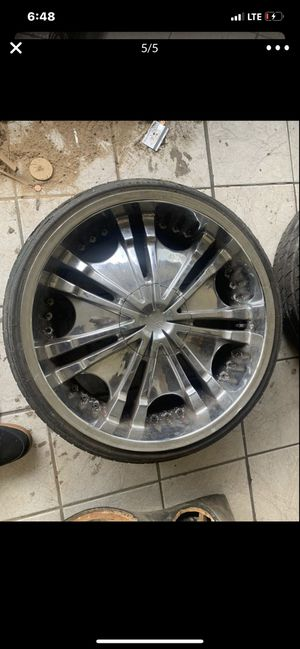 """22"""" rims just need tires for Sale in Winter Haven, FL"""