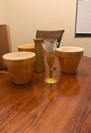 Gold flower pot set for Sale in Detroit, MI