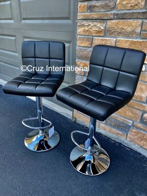 New 2 black bar stools for Sale in Orlando, FL