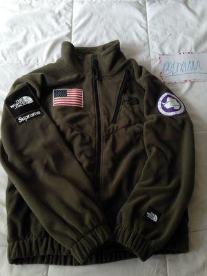 Supreme x TNF Jacket L for Sale in Dallas, TX