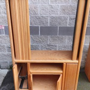 Free Entertainment TV Stand With 4 Wood Doors #2 for Sale in Tacoma, WA