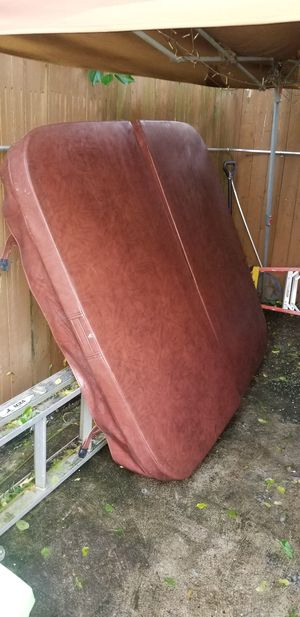 Used Hot Tub Cover for Sale in Brooklyn, NY
