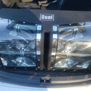 """12"""" Subwoofer In A Nice Bandpass Enclosure With Lights! Alpine Amplifier. Hablo Español!!! for Sale in Antioch, CA"""