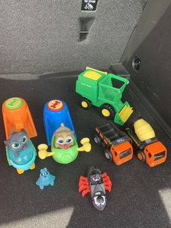 Misc Toy Bundle for Sale in Fresno, CA