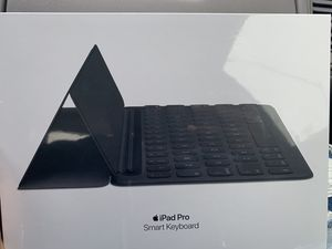 iPad Pro Smart Keyboard for Sale in Baltimore, MD