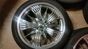 22's custom chrome wheels with new lexani 265 40 22, 5x5.5 bolts pattern. for Sale in Orange City, FL