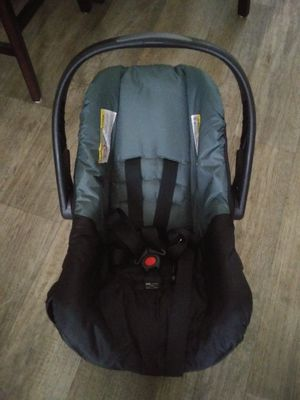 Car seat evenflo for Sale in Lawndale, CA