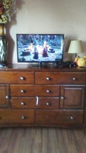 Sanyo 32 inch tv for Sale in Los Angeles, CA