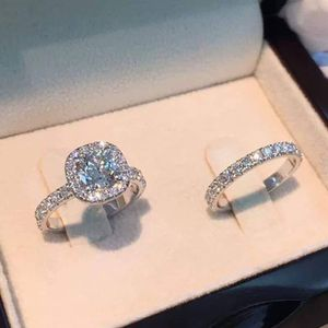 Engagement ring sizes 6+7 with box for Sale in Cary, NC