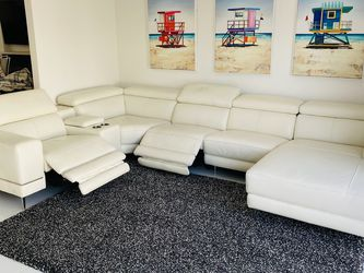 Leather Sectional Sofa for Sale in Burbank,  CA
