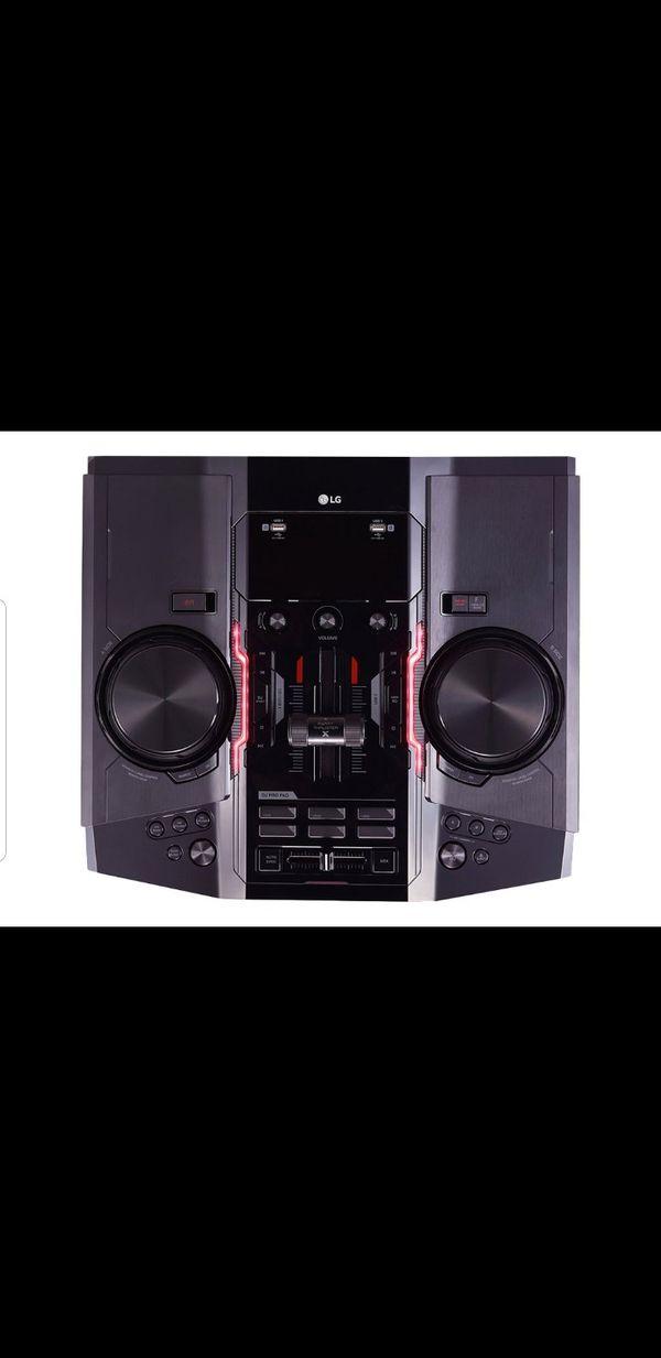 LG CM9960 - Mini system - 2.2 channel - 4800 Watt (total) - black