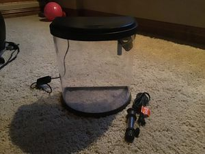 Fish Tank Kit (tank, filter with cartridges, color changing/solid color led light, and heater) for Sale in Colorado Springs, CO