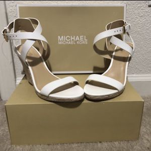 Michael Kors New , size 7.5 for Sale in Stockton, CA