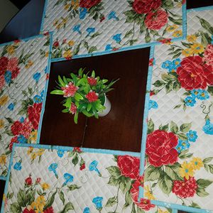 3 Small fake red flowers plant decor,pick up only,cash only,price for all 3. for Sale in Austin, TX