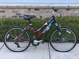 Mongoose Placid Women's Comfort Bike (26-Inch Wheels) NEW TIRES for Sale in Cary, NC