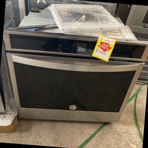 Whirlpool oven W0S51EC0HS PNP Q for Sale in Colton, CA