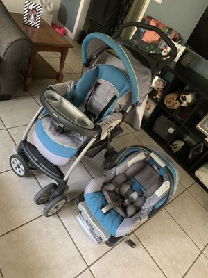 Chicco car seat and stroller for Sale in Orange City, FL