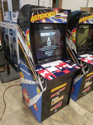BRAND NEW IN BOX 1UP ARCADE WITH 4 GAMES. GAMES INCLUDE: ASTEROIDS MAJOR HAVOC LUNAR LANDER TEMPEST $125 FIRM each for Sale in Redlands, CA