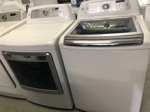 Kenmore Elite Washer and Dryer Large Size for Sale in Kissimmee, FL