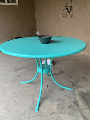 Table and chairs for Sale in Citrus Heights, CA