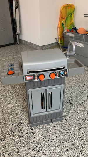 Little Tikes Toy Grill for Sale in Orland Park, IL