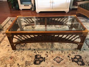 Coffee table Glass top Rattan/bamboo for Sale in Tarpon Springs, FL