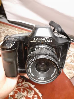 Cannon T90 camera ( FOR COLLECTORS) $50 FIRM for Sale in Cleveland, OH