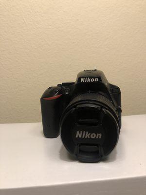 Nikon D5500 Bundle (3 lenses, 3 batteries) for Sale in Los Angeles, CA