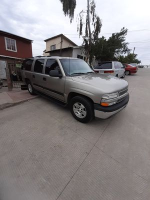 2001 chevy suburban 5.3 vortec for Sale in Chula Vista, CA