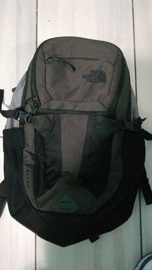 Northface backpack for Sale in San Francisco, CA