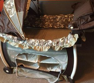 Graco pack and play all in 1 - bassinet, changing table, crib, storage and toddler bed. for Sale in East Norriton, PA