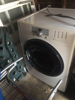 Kenmore Front loaf washer & dryer for Sale in Cincinnati, OH