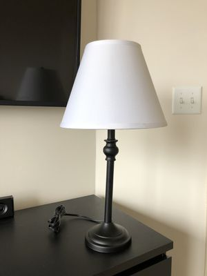 Like NEW black lamp w/ white lamp shade for Sale in Fairfax, VA