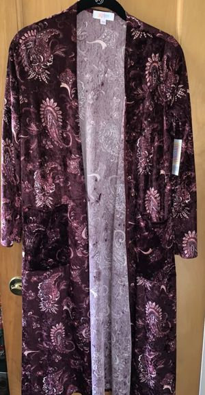 NWT LuLaRoe Cardigan/Robe for Sale in Mentor, OH