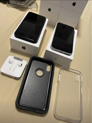 iPhone XR with Apple Headphones, Otterbox Case, Screen Protector, and Box for Sale in Fremont, CA