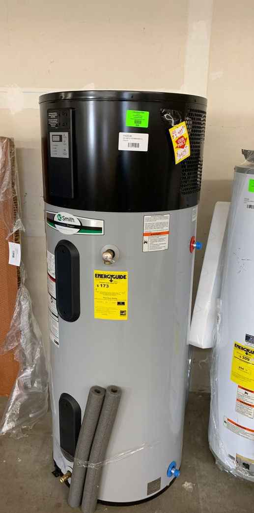 NEW AO SMITH WATER HEATER WITH WARRANTY 80 gallons 0DH75