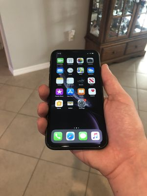 iPhone XR 128Gb Unlocked for Sale in Odessa, FL