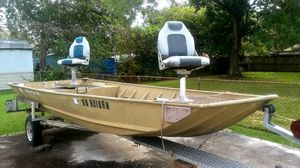 17ft L × 7ft W Polar Craft Boat for Sale in Highlands, TX