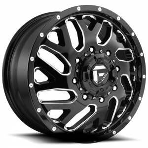 DUALLY wheels tires for Sale in Houston, TX