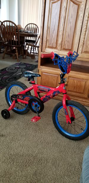 Boys or girls... Spider man bike With training wheels for Sale in Gresham, OR