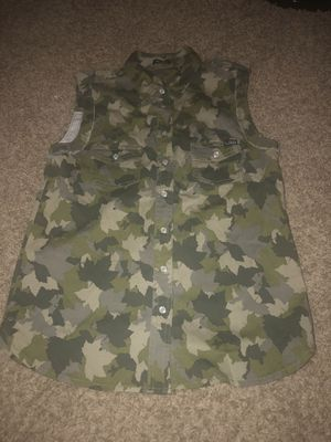 CAMO LRG SHIRT for Sale in El Cajon, CA