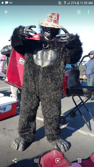 Gorilla costume for Sale in Modesto, CA