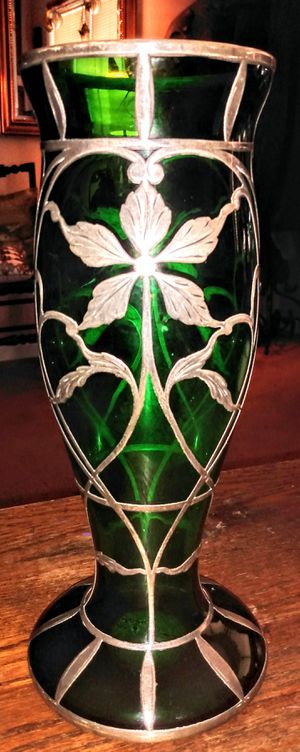 Antique Emerald Green Glass Vase wrapped in Sterling Silver Floral Design for Sale in Marietta, GA