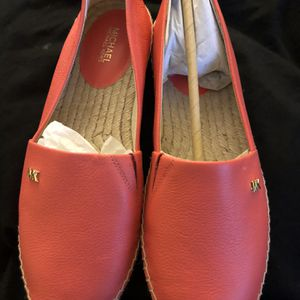 Michael Kors Slip On Woman 8/9 Size Shoes for Sale in Bellflower, CA