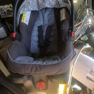 Graco Car Seat Free for Sale in Whittier, CA